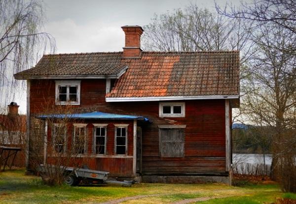 Bán nhà gỗ căm xe