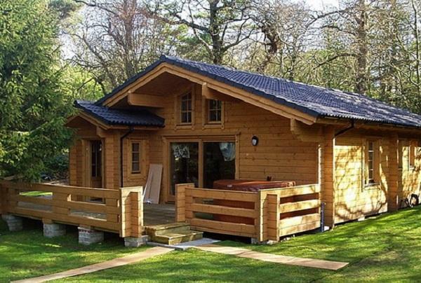 Nhà bằng gỗ xoan đẹp