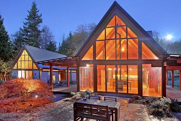 Nhà gỗ hiện đại kết hợp kính