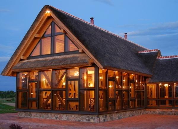 Thiết kế nhà hàng gỗ theo phong cách châu Âu hiện đại
