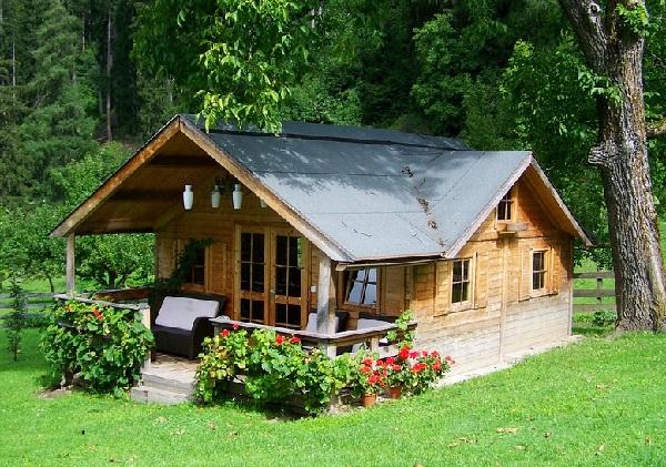 Thiết kế và làm thi công nhà gỗ nhỏ