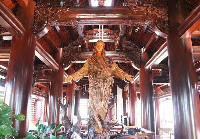 Nhà bằng gỗ 5 tầng