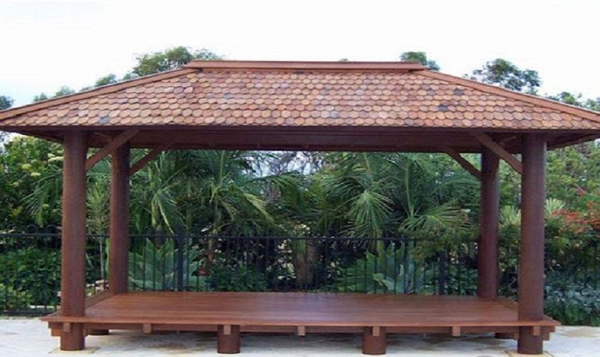 Nhà chòi bằng gỗ