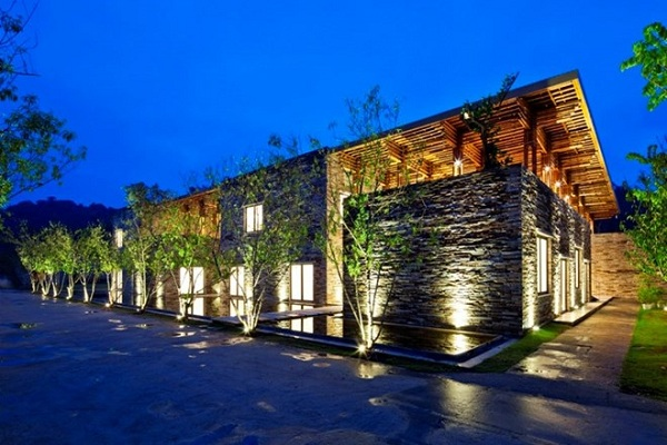 Nhà hàng bằng gỗ đẹp