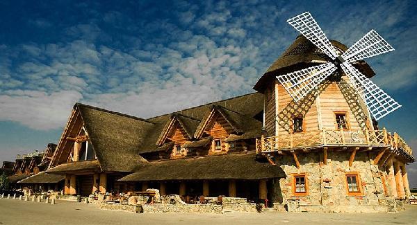 Nhà hàng gỗ đẹp