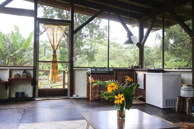Nhà sàn gỗ đơn giản