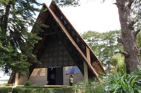 Nhà thờ gỗ Đà Lạt
