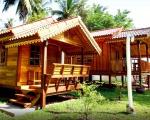 Nhận làm thi công nhà gỗ Resort